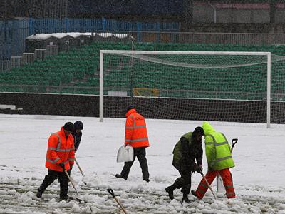 Известные случаи переносов футбольных матчей