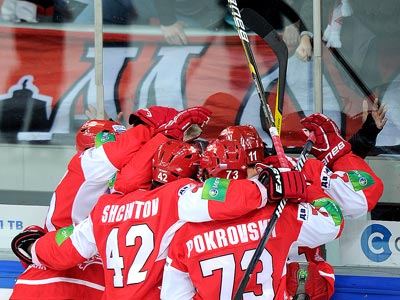 Дубль Левандовского принёс «Спартаку» победу.