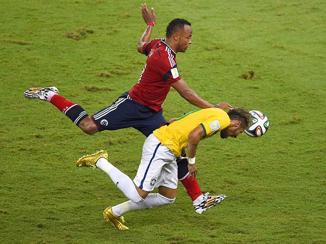 Хуан Суньиг против Неймара