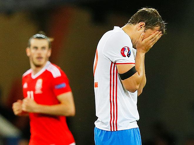 Сборная России играла ужасно, но виноваты ли в этом футболисты?!