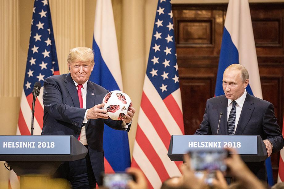 Це не що інше, як зрада, Трамп повністю в кишені Путіна, - екс-глава ЦРУ Бреннан - Цензор.НЕТ 9893