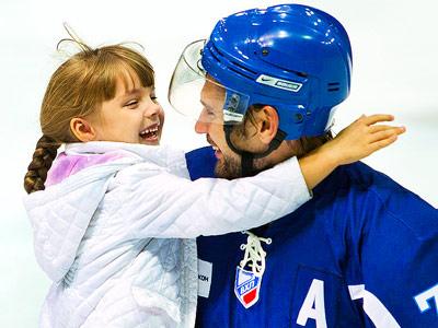 Нападающий «Бурана» - о хоккее и семье