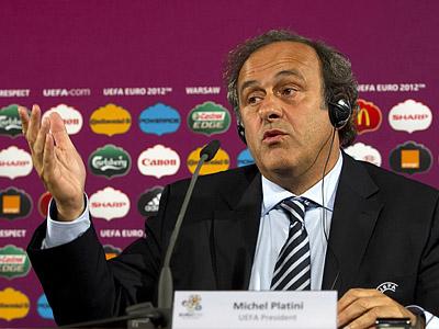 УЕФА выплатит клубам 100 млн евро