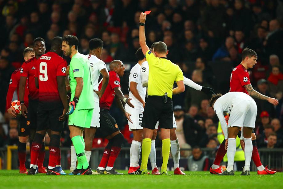 «Манчестер Юнайтед» — «ПСЖ» — 0:2. 9 жёлтых и красная Погба. Как это было