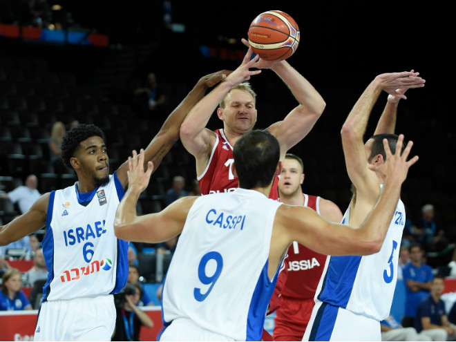 Россия проиграла Израилю на чемпионате Европы по баскетболу
