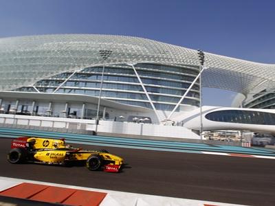 Вызов пустыне на трассе Формулы-1
