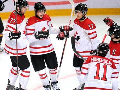 Сборная России готовится к матчу с Канадой