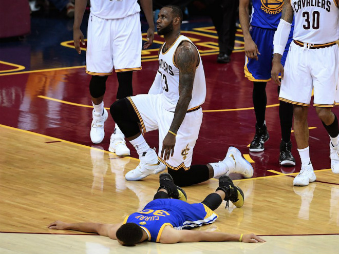 «Кливленд» победил «Голден Стэйт» в матче № 6 финала НБА-2016