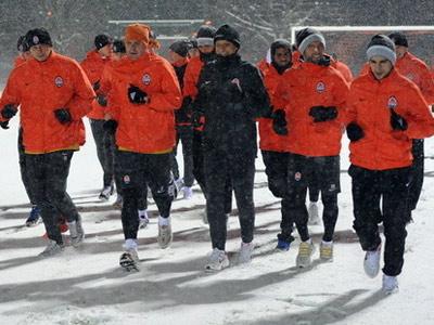 Клубы УПЛ начали подготовку ко второй части сезона