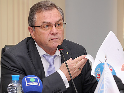 Владимир Шалаев представил календарь КХЛ на сезон-2012/2013