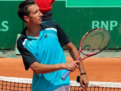 Украинские теннисисты с побед начали теннисную неделю