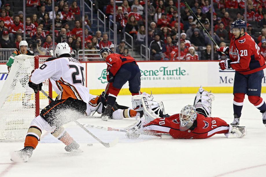 «Вашингтон» бросил играть при счёте 5:1. Так чемпион НХЛ ещё не проигрывал