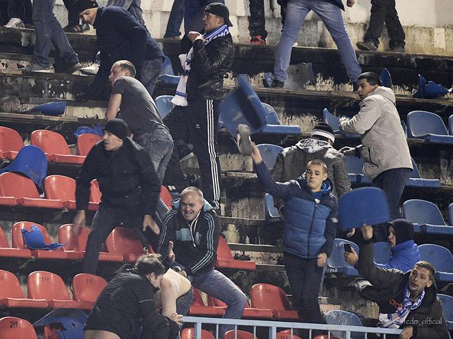 Массовые драки на футболе в Воронеже и Владимире: видео