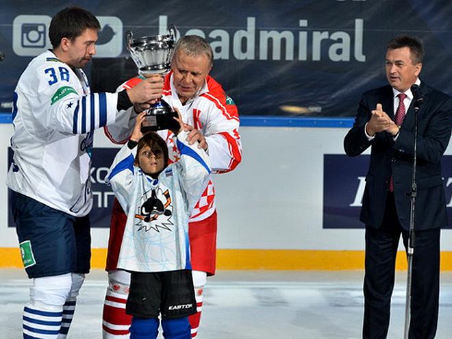 Во Владивостоке открылась хоккейная академия