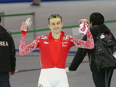 Обзор первого дня ЧМ по конькобежному спорту