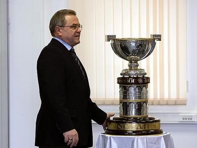 По мнению Шалаева, Тарасенко и Кузнецову рано уезжать в НХЛ