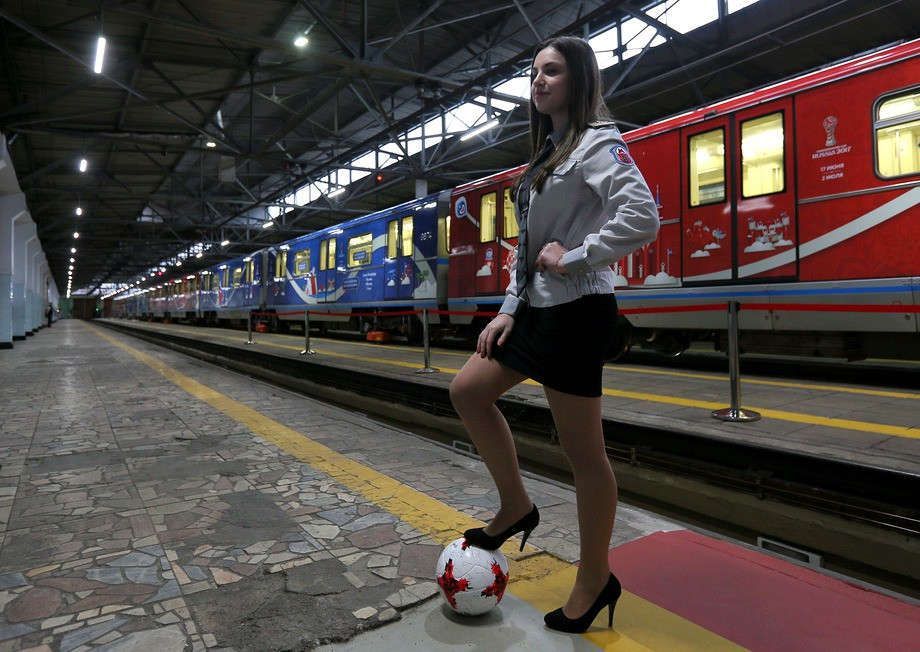 В московском метро запущен поезд посвящённый кубку конфедераций
