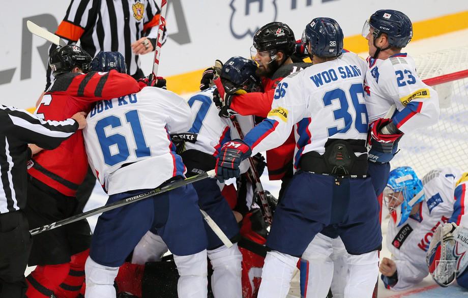 Драка на мачте Канада - Южная Корея