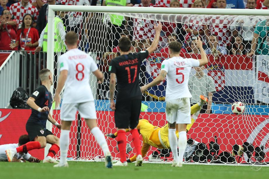 Гол в ворота сборной Англии в исполнении Ивана Перишича
