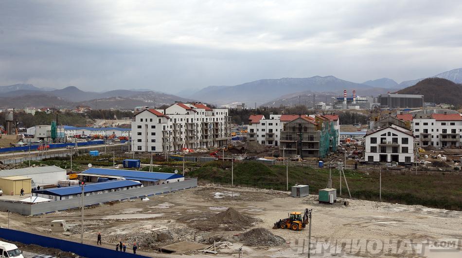 старинные фото строительства основной олимпийской деревни это