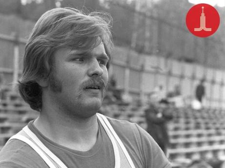 Yuri Sedykh: beardless champion