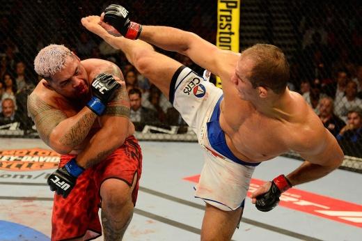Стипе Миочич — Даниэль Кормье 3: онлайн-трансляция UFC 252, 16 августа 2020