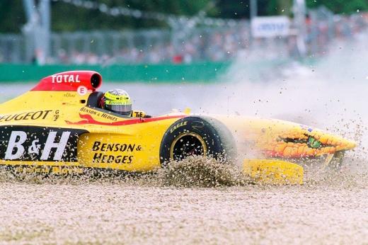 Никита Мазепин выступает на более тяжёлой машине, чем его напарник по «Хаасу» Шумахер — почему?