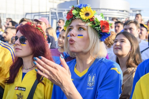 Евро-2020. День тринадцатый. Кто подарит Украине путёвку в плей-офф?