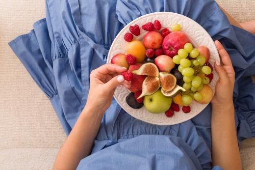 Не лучше конфет: 10 наиболее калорийных фруктов