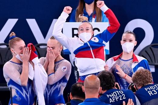 Наши гимнасты и гимнастки сделали золотой дубль! Фантастический день Олимпиады для России