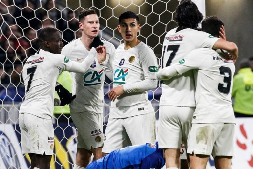 «ПСЖ» с Паредесом мучился против клуба третьей лиги. Спасли Мбаппе и Кавани