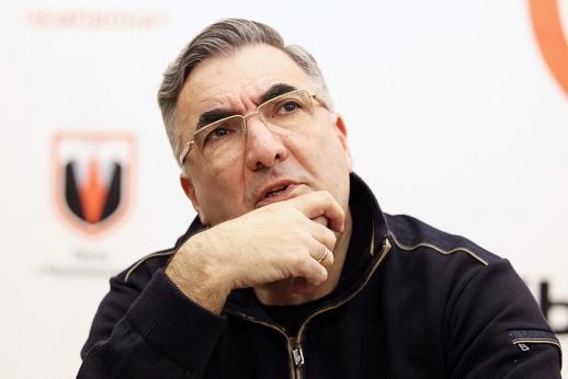 Известному хоккейному функционеру Леониду Вайсфельду — 60 лет
