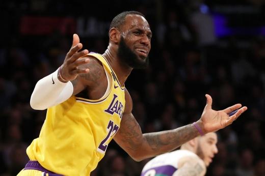 Выбираем лучшую группу поддержки в НБА, фото, «Лос-Анджелес Лейкерс», «Кливленд Кавальерс»