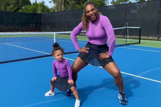 Серена Уильямс готовится возобновить теннисный сезон. А может, не надо?
