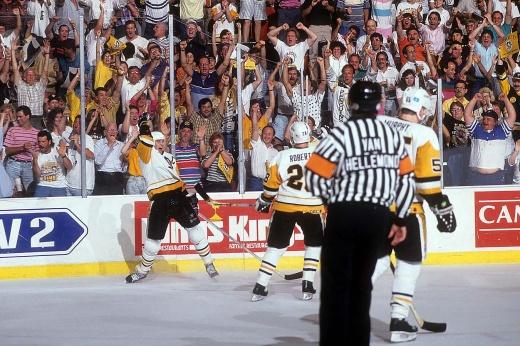 Марио Лемье забил первый гол первым броском в первой смене в НХЛ, дебют Марио Лемье в НХЛ
