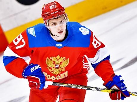 Как нападающий Вадим Шипачёв подписывал контракт с «Вегасом» во время чемпионата мира