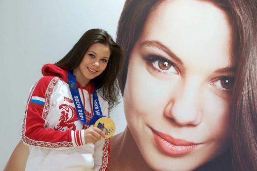 Олимпийская чемпионка Ильиных перешла к Плющенко. Теперь Тутберидзе нечем ответить
