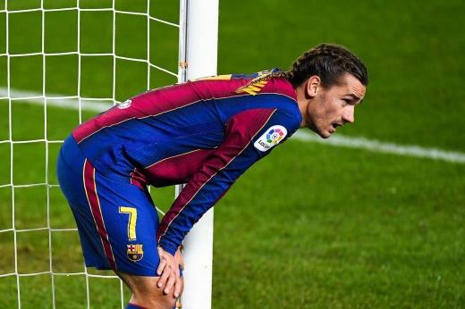 Противоречие Кумана. «Барселона» не играет одинаково даже два матча подряд