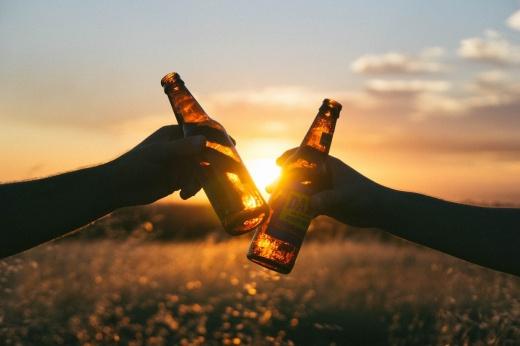 Неправильная заминка: что будет, если выпить алкоголь после тренировки?