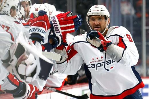 У Овечкина 730 голов в НХЛ! Сделал дубль пушечными бросками и готов обойти легенду