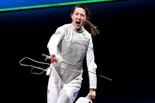 «Ты фехтовать будешь или нет?» Как драматично россиянки добывали медали Олимпиады