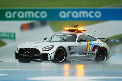 Формула-1 едет в «свободную» Саудовскую Аравию. Это лицемерие, или спорт вне политики?