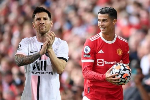 Роналду обошёл Месси и зарабатывает больше всех в футболе. А сколько они получали раньше?