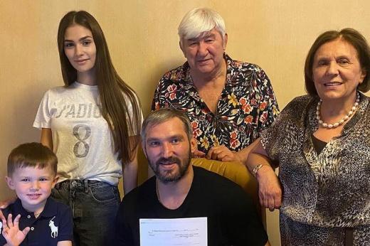 Александр Овечкин о новом контракте с «Вашингтоном»: цель – Кубок Стэнли, рекорд Гретцки