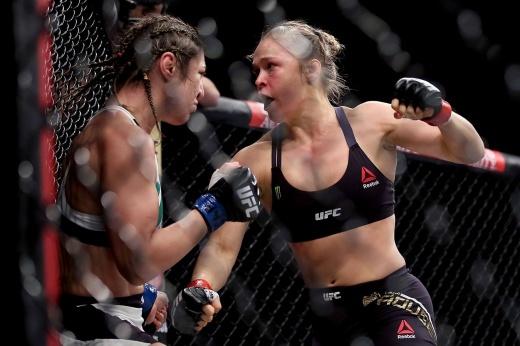 День, когда Ронда окончательно поверила в свой бокс. Это стало концом её карьеры. Видео