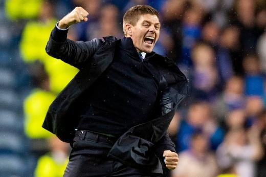 Джеррард побил вековой рекорд Шотландии. Как великий футболист становится топ-тренером