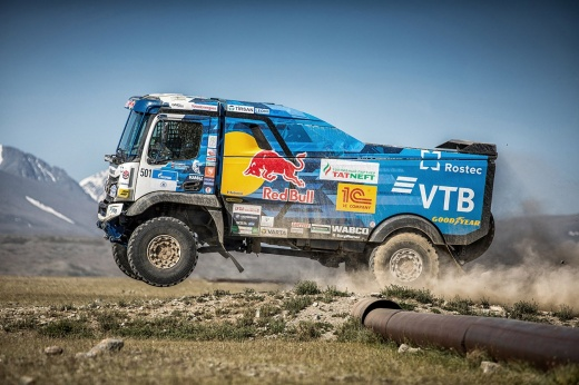 Всё о новом грузовике «КАМАЗа»: как создавали дизайн и что показал победный дебют