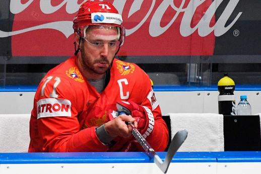 «Ужасно, что Ковальчук пропагандирует алкоголь». Боец критикует хоккеиста