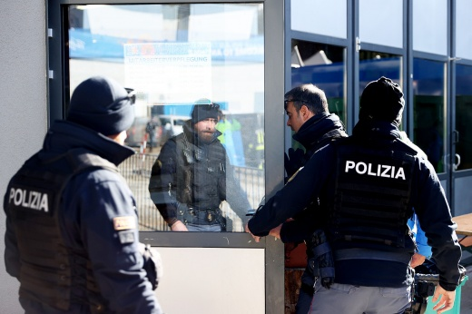 Европейская полиция бесцеремонно вмешивается в биатлон. А Россия страдает снова и снова!