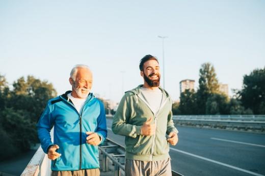 Все возрасты покорны: какими видами спорта можно начать заниматься после 30?